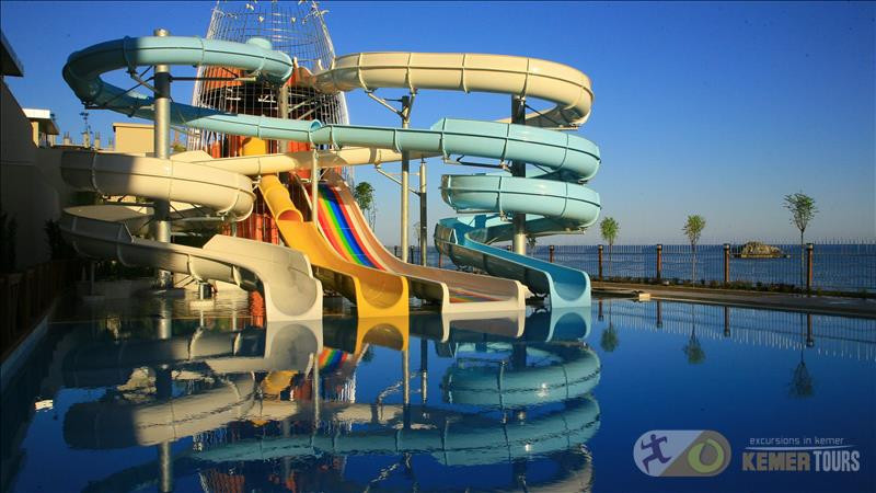 Аквапарк Aqualand из Кемера