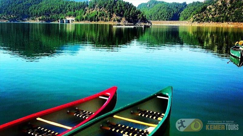 Экскурсия пикник и рыбалка на озере Караджаорен Кемер