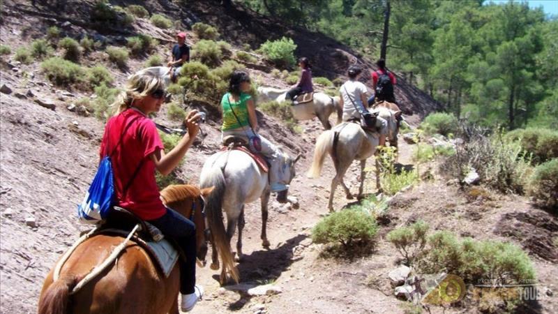 Walk on horse in Kemer